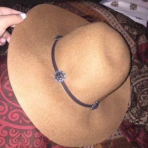 American eagle boho hat